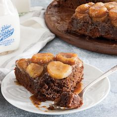 CHOCOLATE PEANUT BUTTER UPSIDE DOWN CAKE!!!!  With creamy peanut butter blended into the batter and spread over the top in a caramel glaze, this dense upside down cake is oh so gratifying.