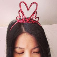 pipe cleaner valentine's crown