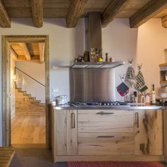 Cucina A Legna Antica In Muratura.14 Fantastiche Immagini Su Cucine In Legno Antico Old Wood Kitchen
