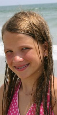 Tween 'tude: Stylish, age-appropriate bathing suits