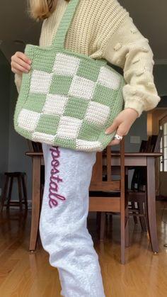 Diy Crochet Projects, Crochet Crafts, Knitting Projects, Sewing Projects, Crochet Ideas, Mode Crochet, Knit Crochet, Diy Crochet Bag, Crochet Summer