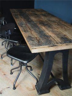 grande table industrielle plateau chene massif pietement fonte