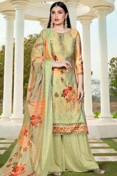 Salwar Kameez Online, Buy Indian Designer Salwar Suits Online UK - Shopkund#salwarkameez #salwarkameezuk #salwarkameezonline #salwarkameezdesign #salwarsuit .#PalazzoSuituk #PalazzoSuit #ChuridarsuitUk #ChanderisuitUk #SuitUk #LadiessuitUk #suitsforwomen Diwali Dresses, Pakistani Dresses Online, Indian Sarees Online, Pakistani Suits, Anarkali, Lehenga, Buy Salwar Kameez Online, Palazzo Suit, Palazzo Style