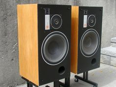 JBL L26 Decade - Vintage Audio World.com Audiophile Speakers, Diy Speakers, Bookshelf Speakers, Altec Lansing, Audio Design, Vintage Classics, Loudspeaker, Audio Equipment, How To Look Better