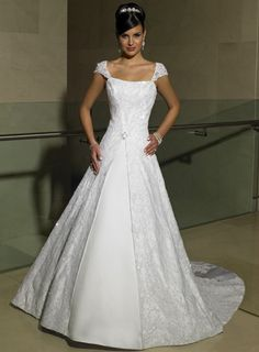 For the shopper who has no time! Not every bride has previously plenty of time to muse on her dead ease about her Big Day. Maybe you just have decided to Simple Wedding Dress Gown Without Hassle