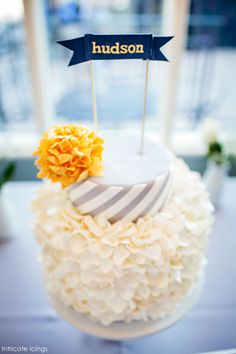 Spirals & Pom Poms Cake by Intricate Icings  |  @thecakeblog