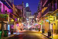 Bourbon+Street!+Click+through+to+see+our+top+10+things+to+do+in+New+Orleans!