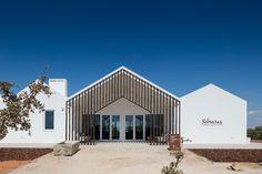 Galería de Sobreiras – Alentejo Country Hotel / FAT - Future Architecture Thinking - 28