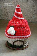ГномоТаун Newspaper Basket, Newspaper Crafts, Diy Projects To Try, Diy Paper, Basket Weaving, Diy For Kids, Decorative Bells, Diy Crafts, Christmas Ornaments