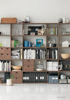 MUJI offers a wide variety of good quality items from stationery to household items and apparel. Arch Interior, Interior And Exterior, Workspace Inspiration, Interior Inspiration, Estilo Muji, Stacking Shelves, Muji Home, Bookshelves In Living Room, Art Studio At Home