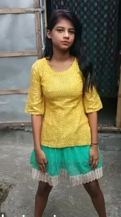 Cute Little Girl Dresses, Cute Young Girl, Cute Little Girls, Beautiful Girl In India, Beautiful Girl Photo, Stylish Girl Images, Stylish Girl Pic, Dehati Girl Photo, Desi Girl Image