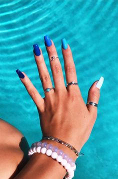 Simple Acrylic Nails, Blue Acrylic Nails, Pastel Nails, Neon Pink Nails, Blue Ombre Nails, Square Acrylic Nails, Red Nail, Gradient Nails, Rainbow Nails