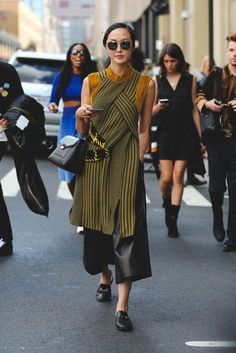 Culottes aren't retiring yet. #refinery29 http://www.refinery29.com/2016/09/120553/nyfw-spring-2017-best-street-style-outfits#slide-97