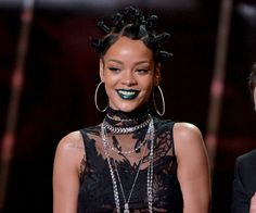 Rihanna Signed to Jay Z's Record Label