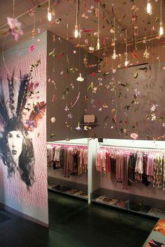 Custo Barcelona flagship store by Francesca Signori, New York store design