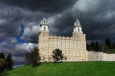 I have wanted to get married here since we went to the pageant with my ward. So beautiful. Manti LDS Temple