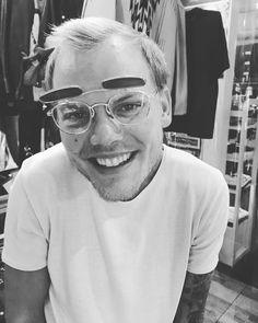 When I went thriftshopping in Tokyo 🤓 Avicii, Still In Love, Love You So Much, Music For You, Good Music, Tim Bergling, Edm Music, I Miss U, Best Dj