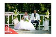 Girls Dresses, Flower Girl Dresses, Wedding Dresses, Flowers, Fashion, Bride Gowns, Wedding Gowns, Moda, La Mode