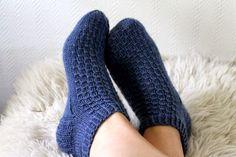 Kesäyö-sukat, knitting, woolsocks, free finnish pattern