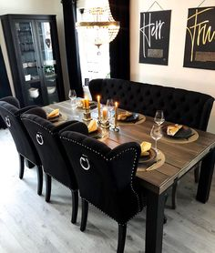 Dining Room Table Decor, Dining Table Design, Decor Room, Living Room Decor, Elegant Living Room, Interior Decorating, Interior Design, Gothic Home Decor, Home Room Design
