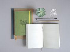 Семейный дневник - это особое место, которое поможет сохранить прекрасные моменты вашей семейной жизни. Детальнее http://gifty.in.ua/ в разделе блокноты.