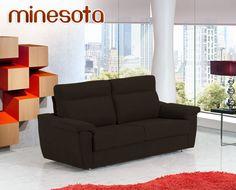 Minesota es un magnífico sofá que se convierte fácilmente en una cama de 140x190 cm. Tenemos un gran stock de este modelo fabricado sin tapizar. Por eso, le ofrecemos un precio irrepetible y la ventaja de que, al no estar tapizado, puede elegir el acabado final. Con HOME personaliza su sofá y lo compra a precio de outlet.    Este sofá presenta la calidad de uno de los principales fabricantes españoles en muebles tapizados y un precio muy inferior al que encontrará en otras tiendas…