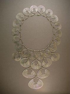 lace_collar