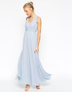 Imagen 2 de Vestido largo con cuello en V y espalda retorcida de ASOS WEDDING