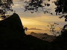 Cristo Redentor - Corcovado - Amanhecer - Costas - Floresta - Floresta da Tijuca - Natureza - Rio de Janeiro - Brasil - Brazil | Flickr - Photo Sharing!