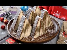 Carpati cake for Christmas, the 2019 dessert of the year on JamilaCuisine! No Cook Desserts, Sweets Recipes, Cake Recipes, Russian Cakes, Jacque Pepin, Choux Pastry, Romanian Food, Cake Cookies, Good Food