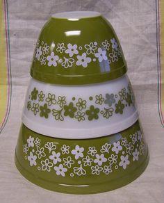 Vintage Pyrex  Green White Crazy Daisy Blossom by brightdaisydays, $32.00