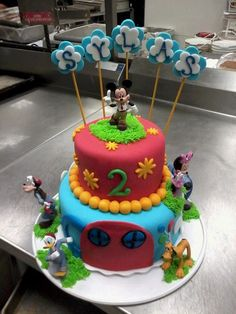Awesome cake for an awesome 2 year old! No copyright laws were broken...thank you very much!!!