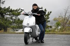 【画像】【試乗記】なんともプレミアムなスクーター 「Vespa 946 Bellissima」:サトウマキ - ライブドアニュース