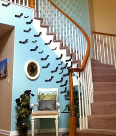 From needing to find Halloween decor to having to make sure you have some scary awesome Halloween ideas, it can be difficult. However, having quality decorations or scary Halloween decorations can be a real scare of a treat to make. Halloween Entryway, Spooky Halloween Crafts, Scary Halloween Decorations, Diy Halloween Decorations, Holidays Halloween, Haunted Halloween, Halloween Town, Origami Halloween, 1960s Halloween
