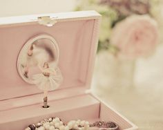 Had one of these jewelry box's with the twirling ballerina.