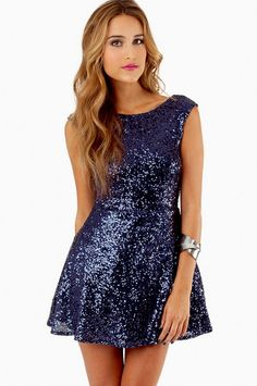 I love navy blue glitter.... Would be pretty as a bridesmaid dress.