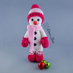 It might be cold outside but this Cozy Snowman made with soft bulky blanket yarn will cuddle up with you to keep you warm! Made from my Snowman Amigurumi pattern. He is 17.5 inches tall  #crochet #crochetpattern #crochetaddict #ravelry #etsy #etsyseller #etsyshop #ilovecrochet #instacrochet #crochetersofinstagram #oneandtwocompany #snowman #instamigurumi #amigurumipattern #amigurumi #amigurumidoll by oneandtwocompany