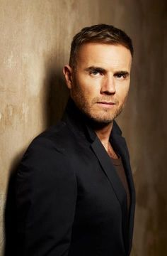 Gary Barlow - the most genuine man in the business that is show xxx Beautiful Men, Beautiful People, Howard Donald, Mark Owen, Gary Barlow, Robbie Williams, Raining Men, Male Face, Good Looking Men