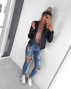 63 simple spring outfits style with jeans 36 Spring Fashion Outfits, Cute Fall Outfits, Stylish Outfits, Cool Outfits, Summer Outfits, Black Jeans Outfit Summer, Cute Simple Outfits, Fashion Hats, Fashion Accessories