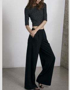 Black crop wool jumper and low rise flared trousers ❤️ Love this look