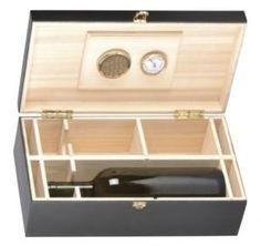 Cassetta in legno colore nero con igrometro e umidificatore, porta sigari/bottiglie (max 2 da 750 ml) con otto divisori verticali regolabili e amovibili per inserire sigari di varie misure.