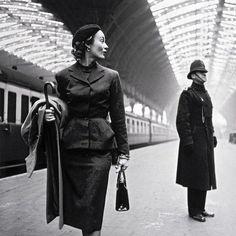 Old school sexual tension London 1951. by lostinhistorypics