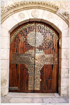 I took a photo of this very door while in Israel this past August.  My grandson had his Bar Mitzvah at the Western Wall.  Jewish quarter,  Jerusalem.