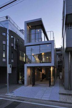 house_takadanobaba_f240812_h11.jpg 600×900 pixels