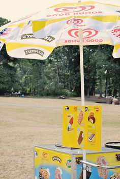 Hot, sticky summer weddings deserve an ice cream cart in addition to, or instead of cake!