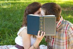 Engagement Session - Books - Kourtney Allyse Photography - www.kourtneyallysephoto.com