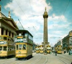 Dublin: O'Connell Street, with Nelson's Pillar [destroyed :: Branson DeCou Digital Archive Dublin Ireland, Ireland Travel, Old Pictures, Old Photos, Wonderful Places, Beautiful Places, Images Of Ireland, Dublin City, Vintage Travel Posters