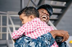 USS Blue Ridge (LCC-19) Homecoming Photography   Yokosuka Photographer   Yokohama Wedding Photographer   Pensacola, New Orleans, NYC: Artistic Family Photographer