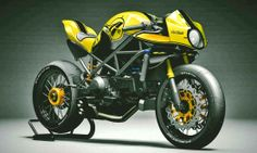 Ducati Monster S4R.