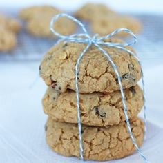 Chewy Oatmeal Raisin Cookies | If You Give A Blonde A Kitchen
